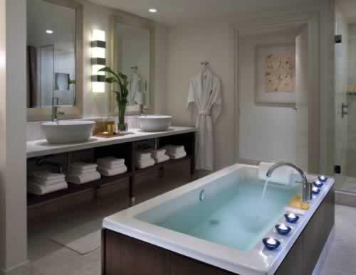 Epic Hotel Miami Rooms