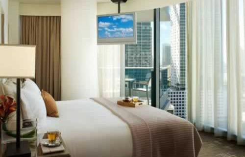 epic-miami-kimpton-hotel-bedroom-2