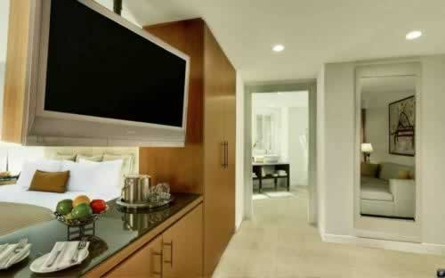epic-miami-kimpton-hotel-bedroom-suite