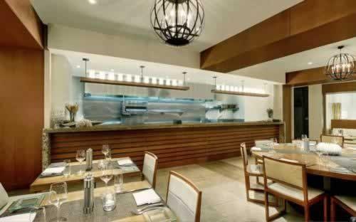 epic-miami-kimpton-hotel-breakfast