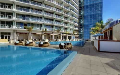 epic-miami-kimpton-hotel-pool