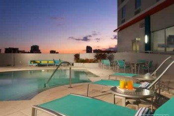 Hampton Inn Suites Downtown Miami Brickell