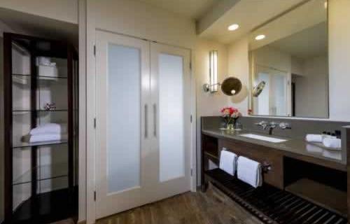 intercontinental-miami-bath-room