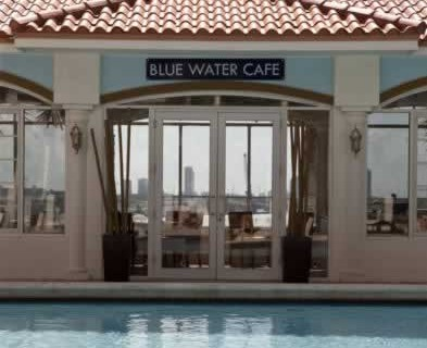 intercontinental-miami-pool-front-blue-water-cafe