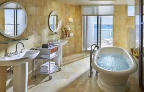 mandarin-oriental-miami-waterfront-bathroom
