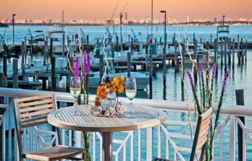 miami-marriott-biscayne-bay-waterfront-dining